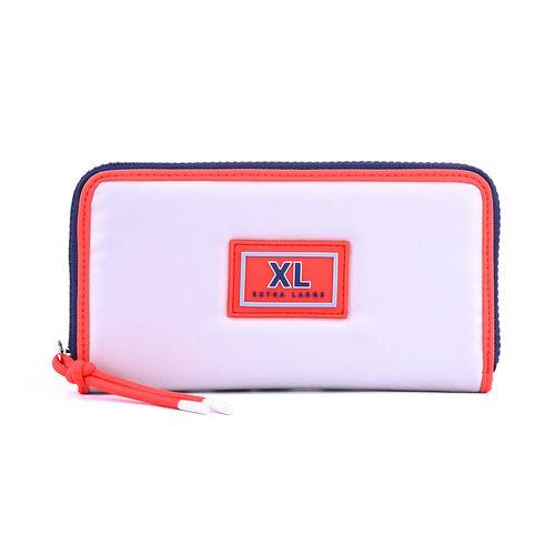 XT1SDC18B0119